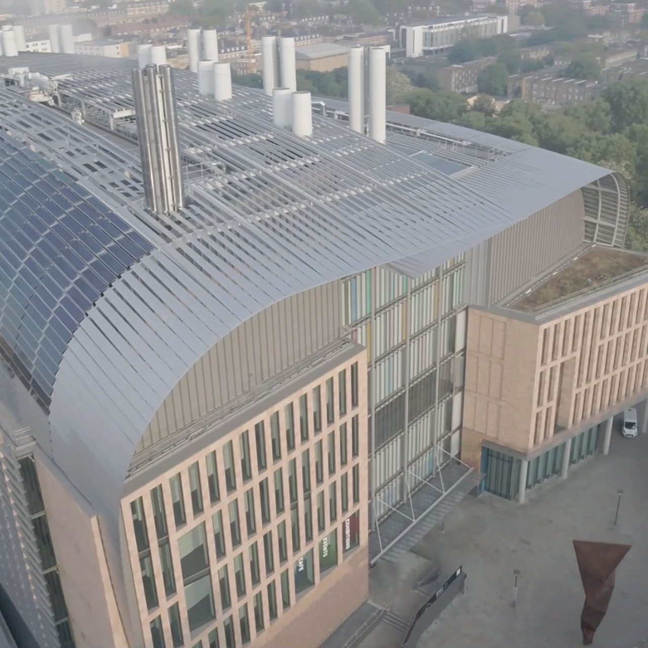 infiniti fins installed at the francis crick institute