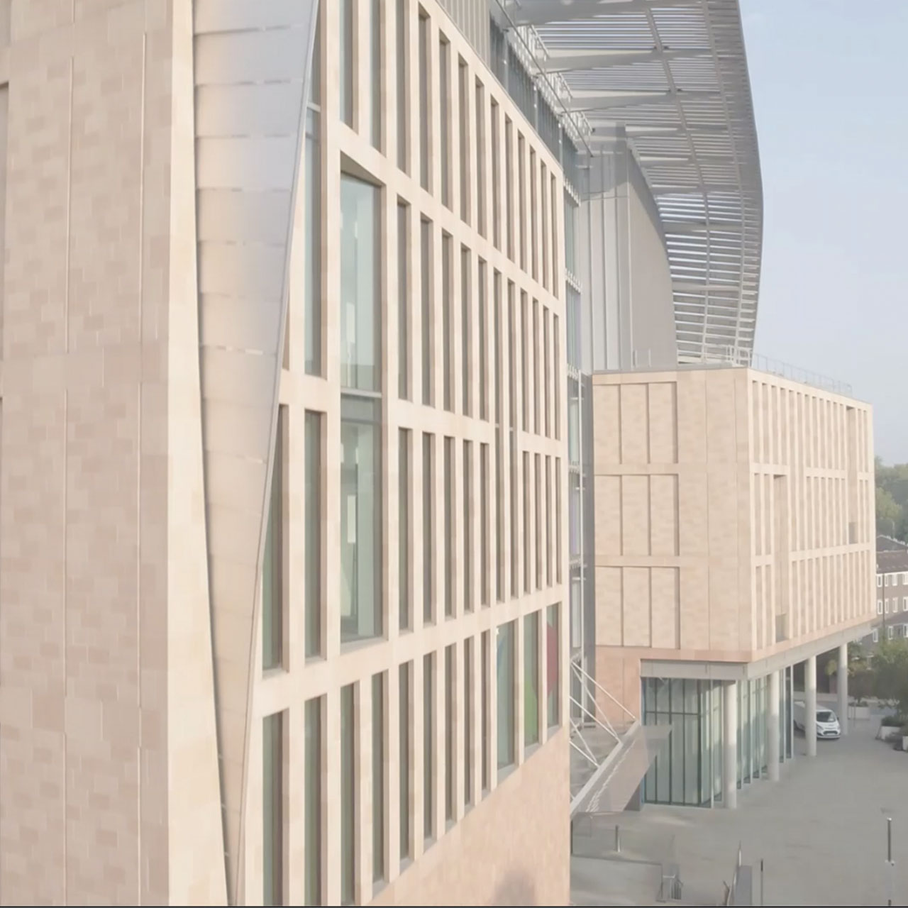 side shot of the francis crick institute architecture