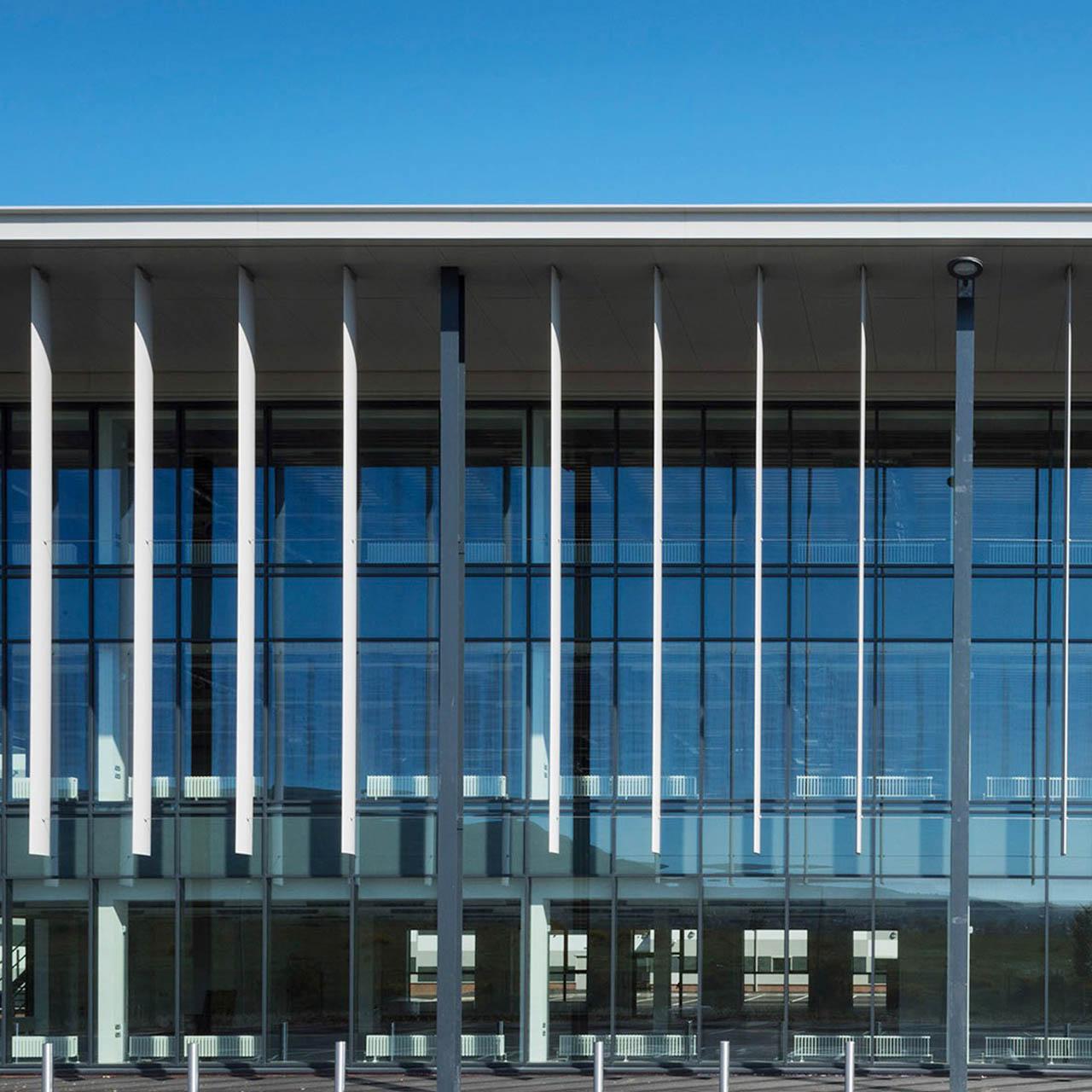 aluminium fins installed at belfast harbour studios